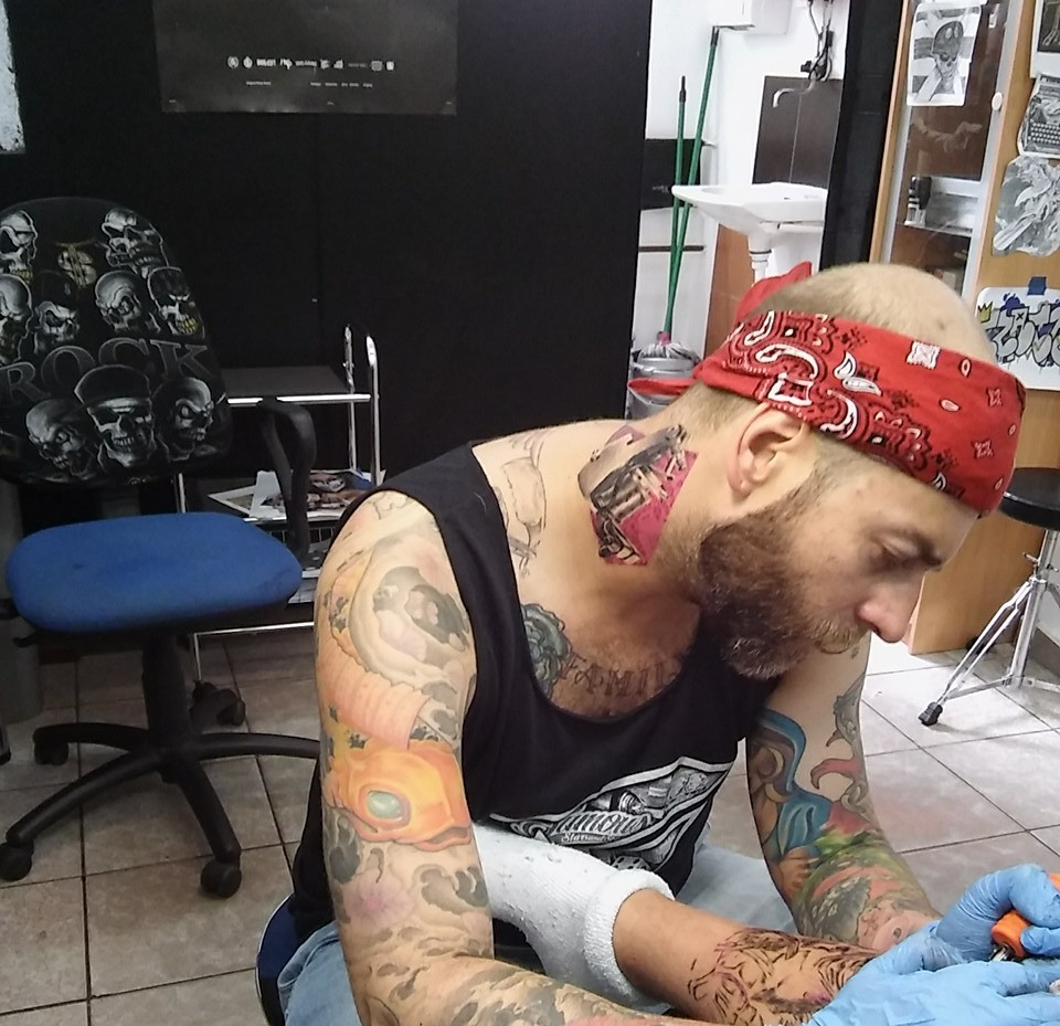 Słabe Tatuaże Co O Twoim Tatuażu Mówią Fachowcy Rytmypl