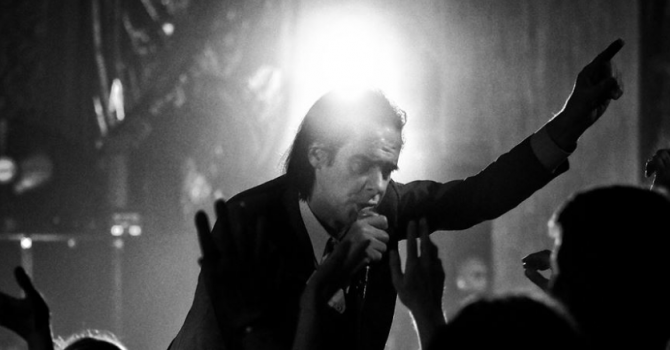 Nick Cave & The Bad Seeds wracają do Polski! Zagrają na festiwalu…