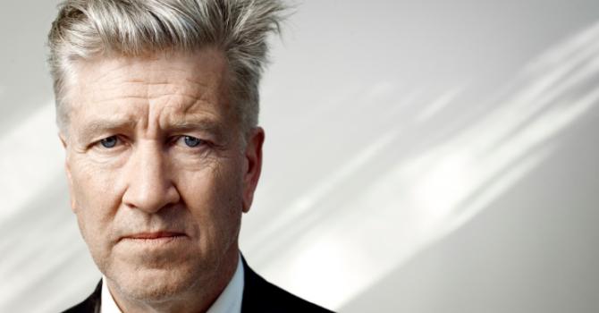 """David Lynch wydał album z aktami. """"Lubię fotografować nagie kobiety."""""""