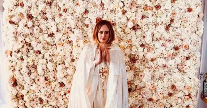 Adele udzieliła ślubu parze zaprzyjaźnionych gejów. A potem… zabrała ich do Las Vegas!