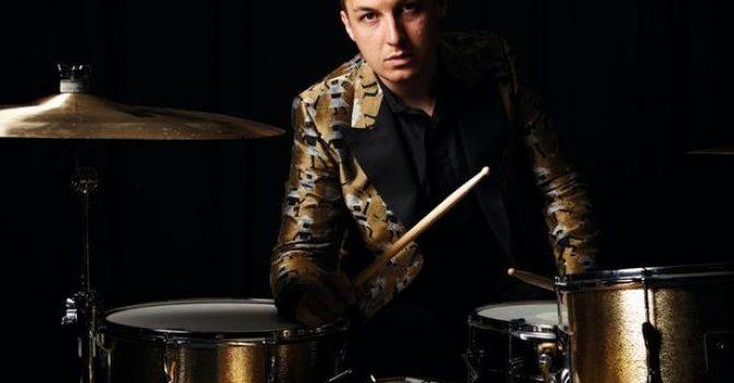 Nowy projekt perkusisty Arctic Monkeys!