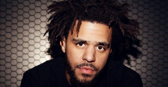 J Cole rozlicza się z raperami w najnowszym klipie!