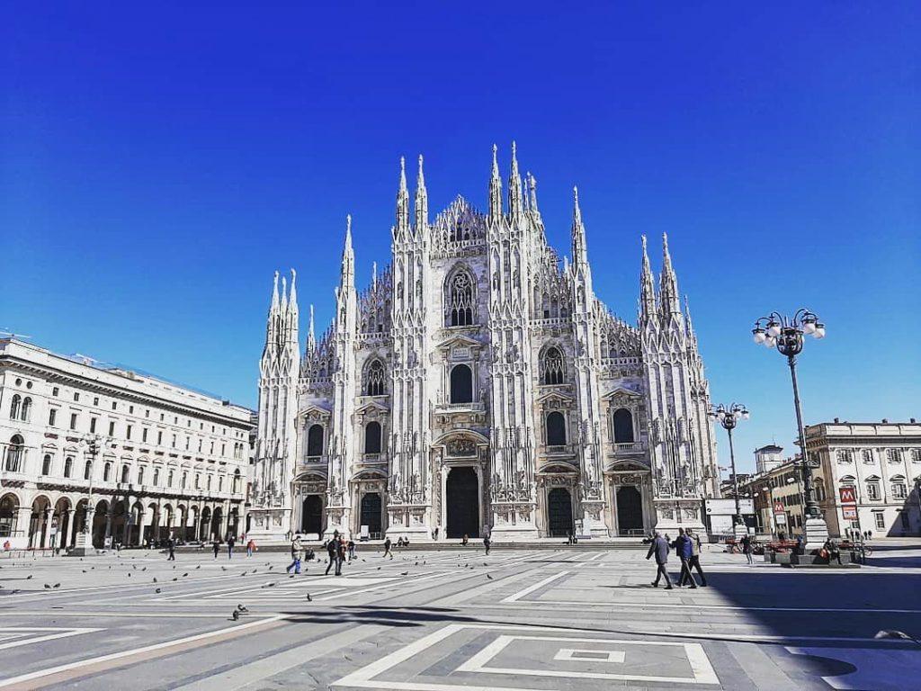 kwarantanna we Włoszech - katedra w mediolanie