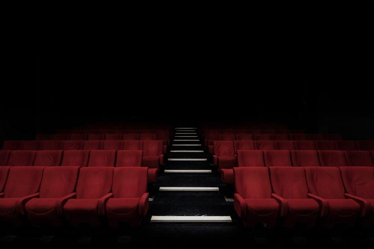 koronawius a premiery filmów i seriali