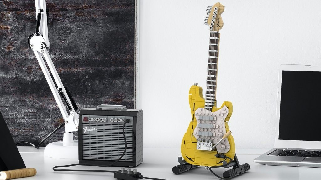 Lego Fender Stratocaster