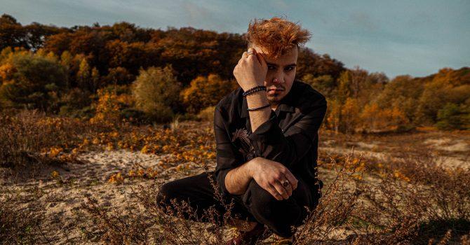 Jego inspiracją była Kora i las – wywiad z Kamilem Kowalskim