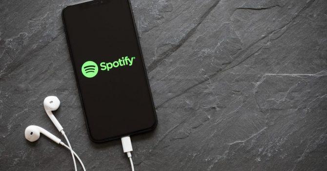 Jak złe jest Twoje Spotify? Sztuczna inteligencja oceni Twoje statystyki