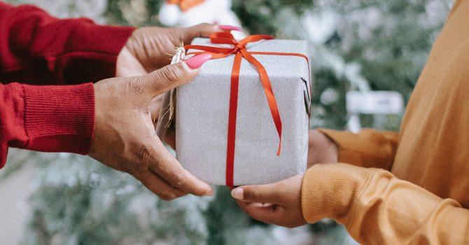 Idealny prezent pod choinkę? Płytowe propozycje, które sprawdzą się dla każdego