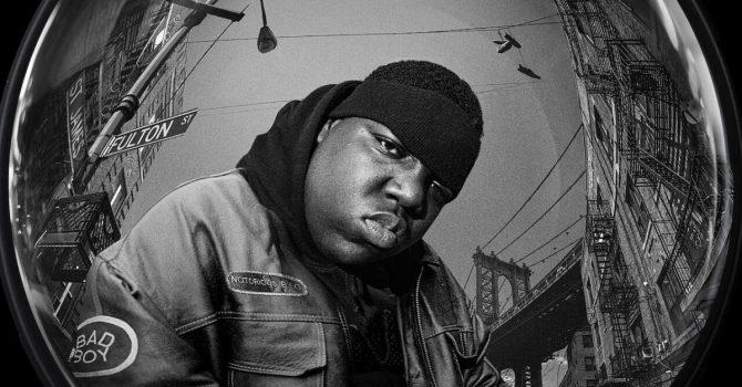 """Netflix: dokument o Notoriousie B.I.G., nowy serial twórców """"Domu z papieru"""" – co nowego w marcu 2021"""