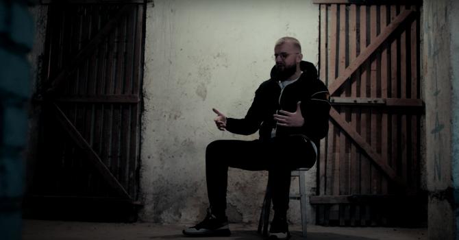 """KęKę nadal tu jest i prezentuje drugi singiel z albumu """"SIARA"""""""