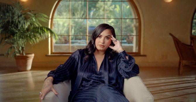 """Demi Lovato, narkotyki i przemoc seksualna w dokumencie """"Dancing With the Devil"""""""