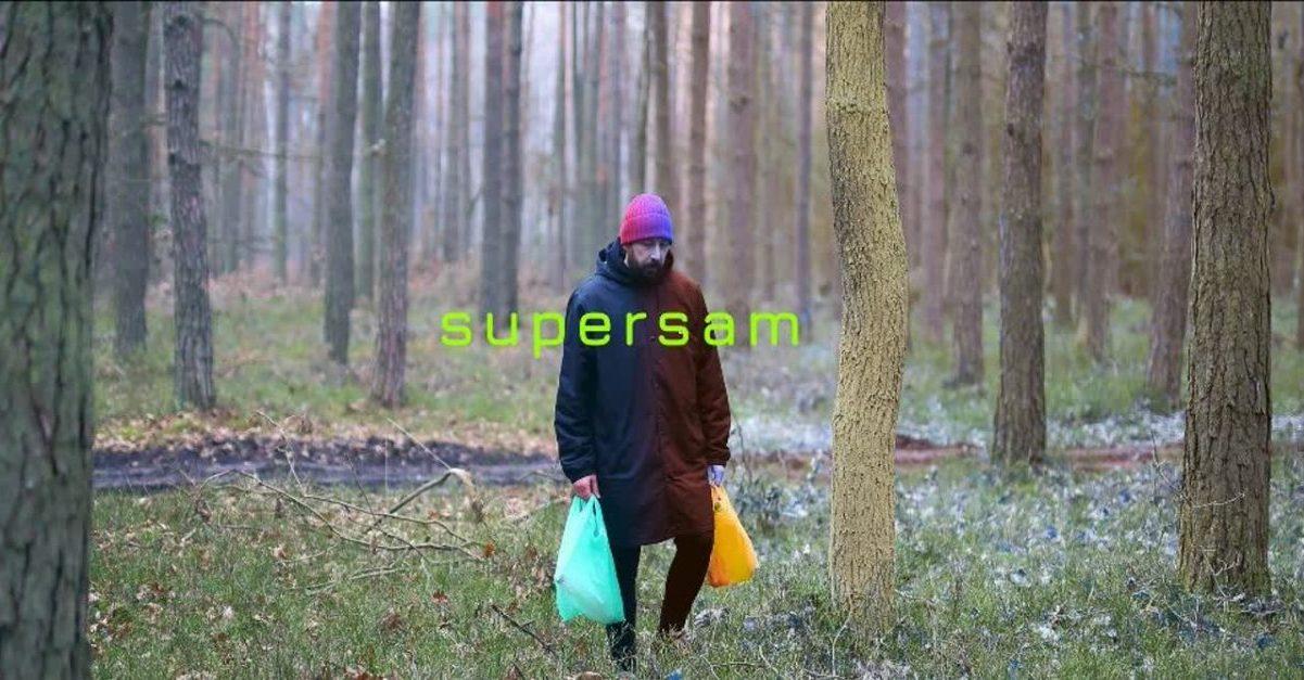 """Leski aka """"Supersam"""" ratuje świat w pojedynkę"""