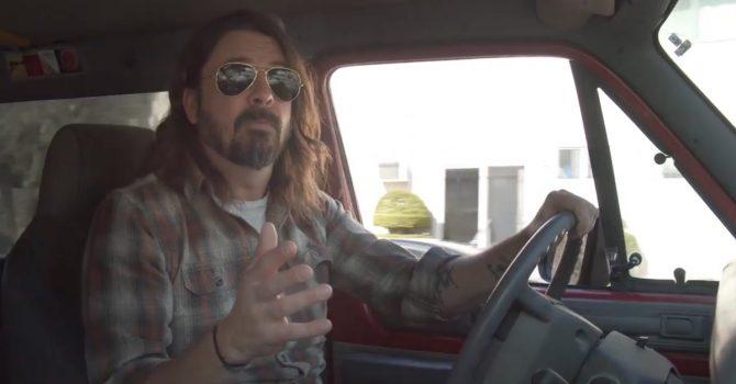 Dave Grohl z Foo Fighters wyreżyserował dokument, do którego zaprosił wielu znanych muzyków