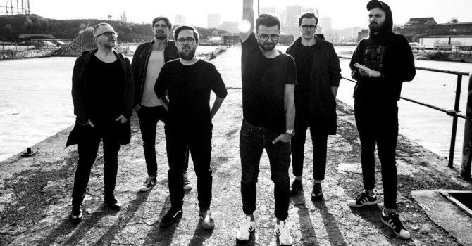 """Happysad świętuje swoje 20-lecie wyjątkowym albumem """"Odrzutowce i kowery"""""""
