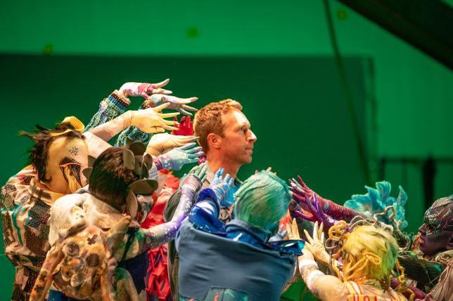 Coldplay Higher Power teledysk