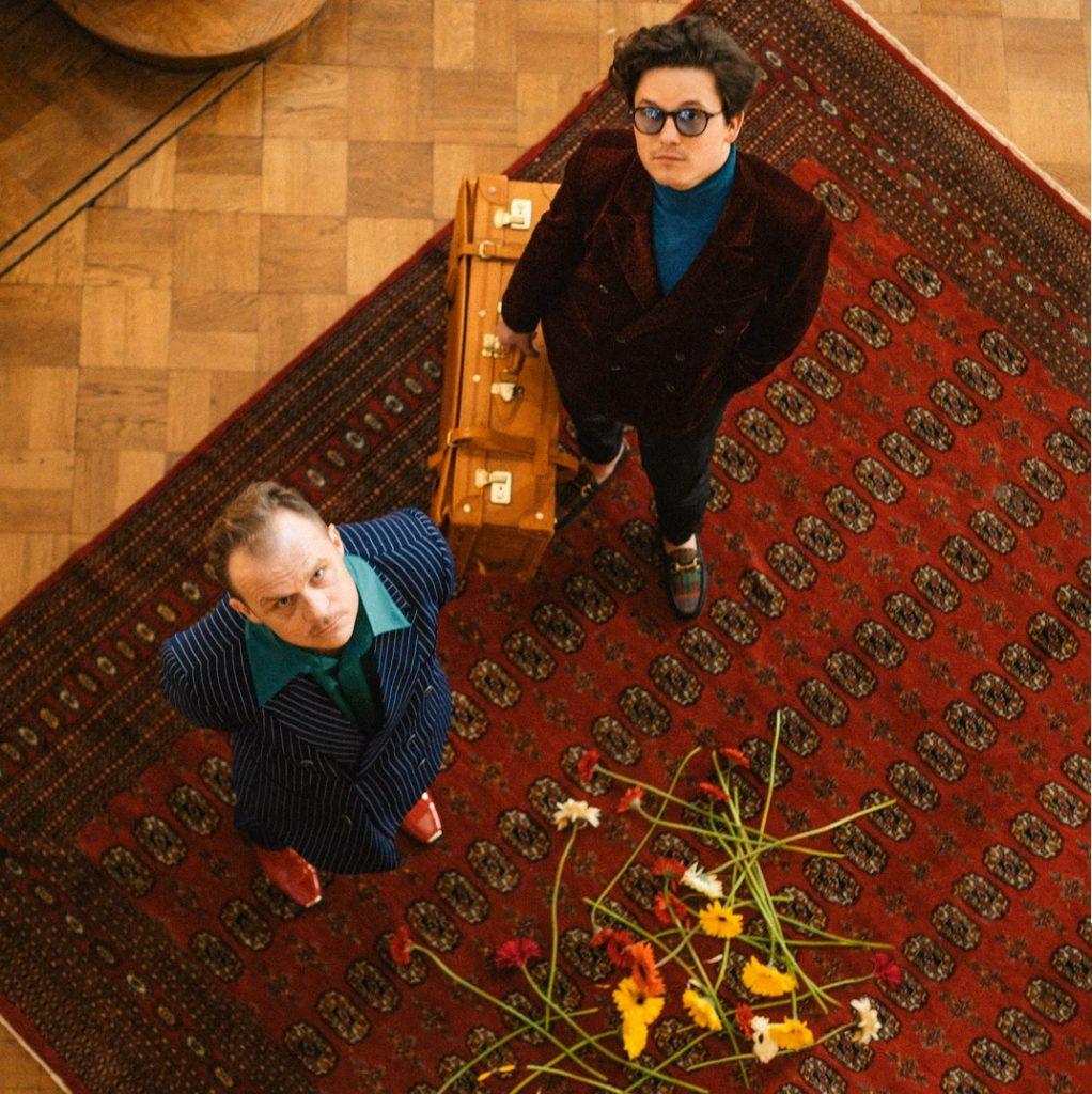 Karaś i Rogucki chcą spróbować jeszcze raz w nowym, niespodziewanym utworze
