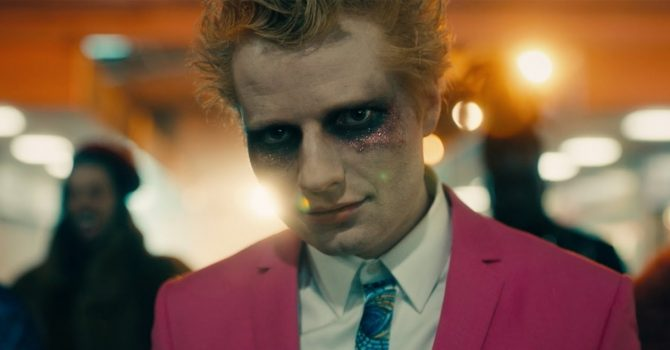 """Ed Sheeran opowiada o swoich złych nawykach w nowym singlu """"Bad Habits"""""""