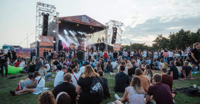 Niektórzy artyści nie powinni się odzywać – relacja z Edison Festival – Taste The Music