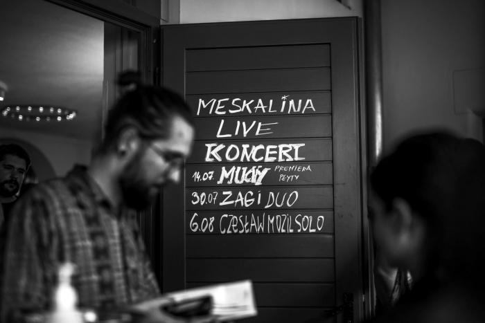 Muchy Szaroróżowe koncert premierowy Poznaniu