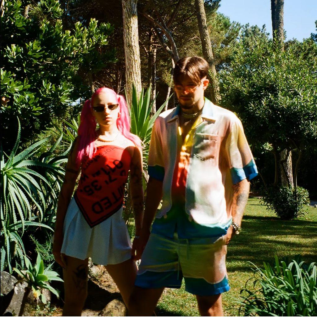 """Young Leosia i Żabson mają kwiaty z Kali, Amsterdamu i Hiszpanii. Kawałek """"Jungle Girl"""" już dostępny"""