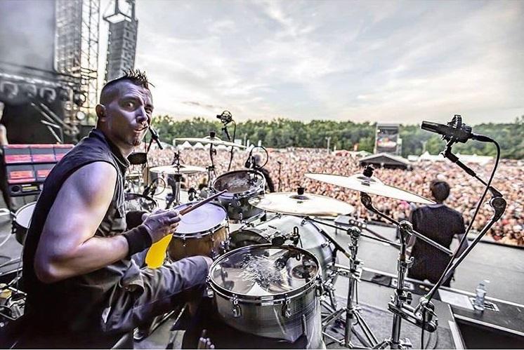 The Offspring na jakiś czas rozstaje się z perkusistą. Powodem szczepionka
