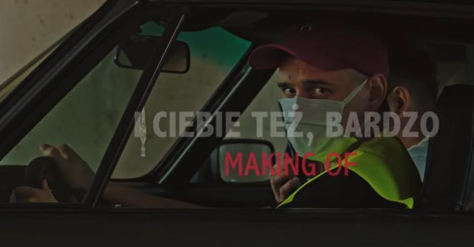 """Jak powstał teledysk do tegorocznego hymnu Orkiestry Męskiego Grania """"I Ciebie też bardzo""""?"""