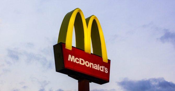 Sad Meal – nowa propozycja od McDonald's w kolaboracji z Tommym Cashem