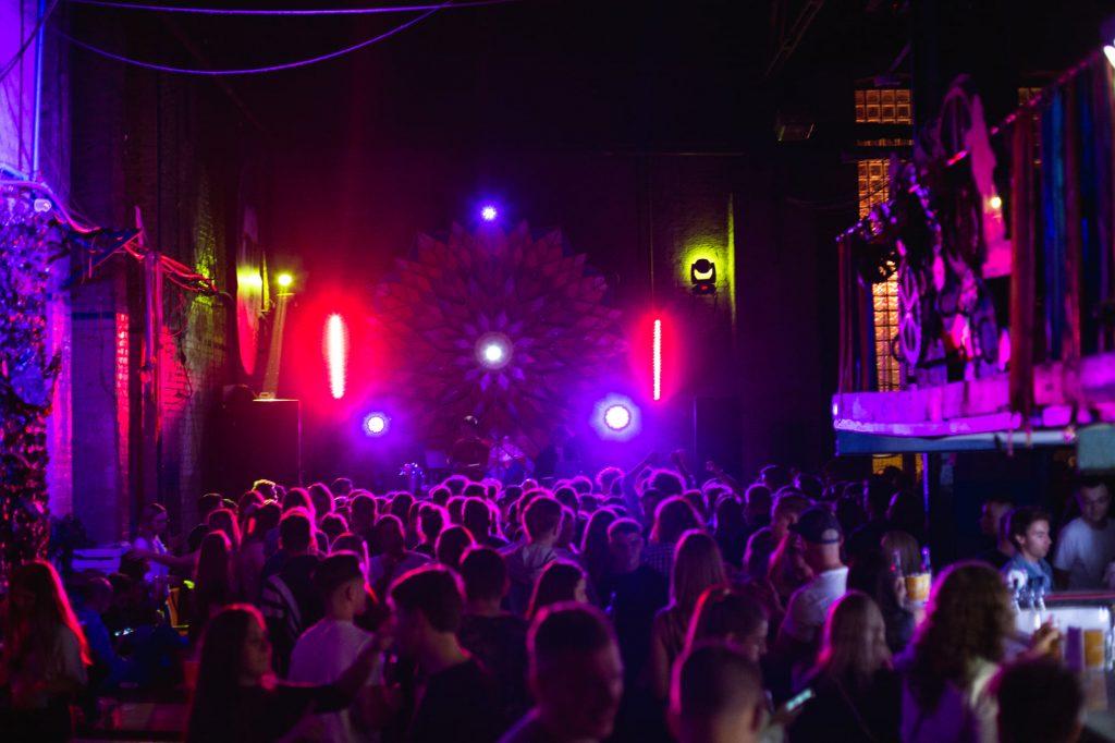 Nocny Targ Towarzyski Poznań weekend