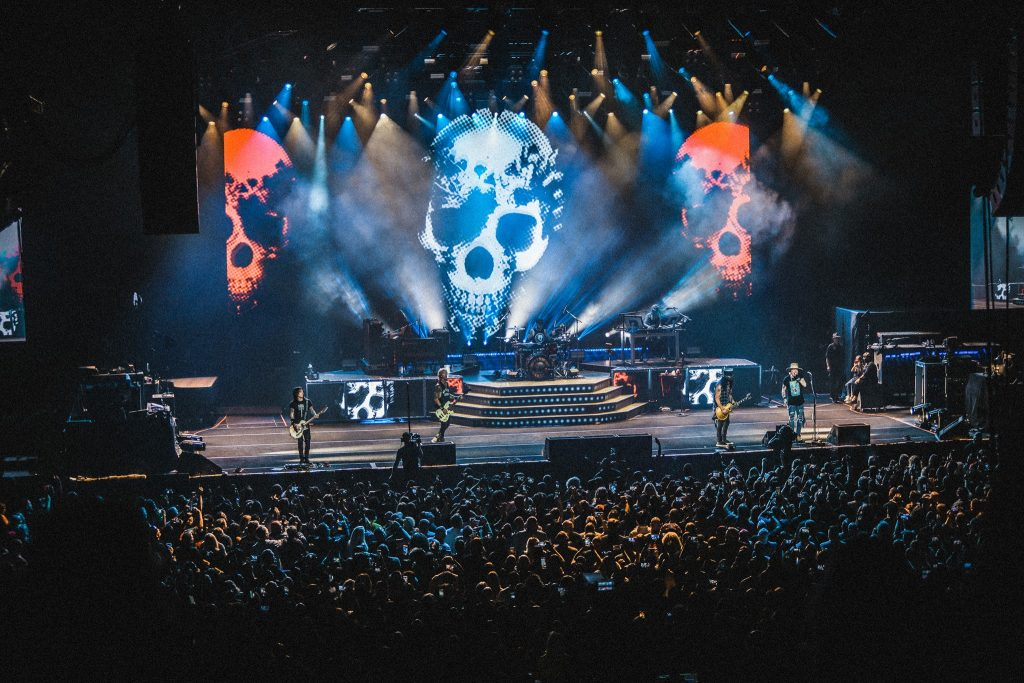 Guns N Roses Hard Skool nowa płyta