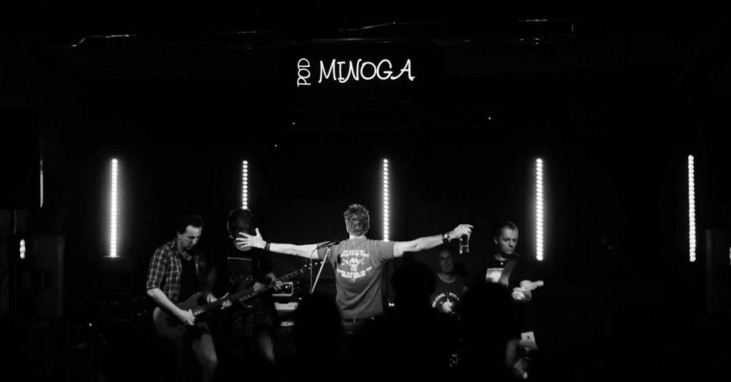 Pod Minogą koncerty
