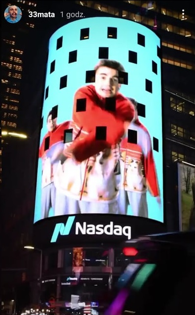 Mata na Times Square