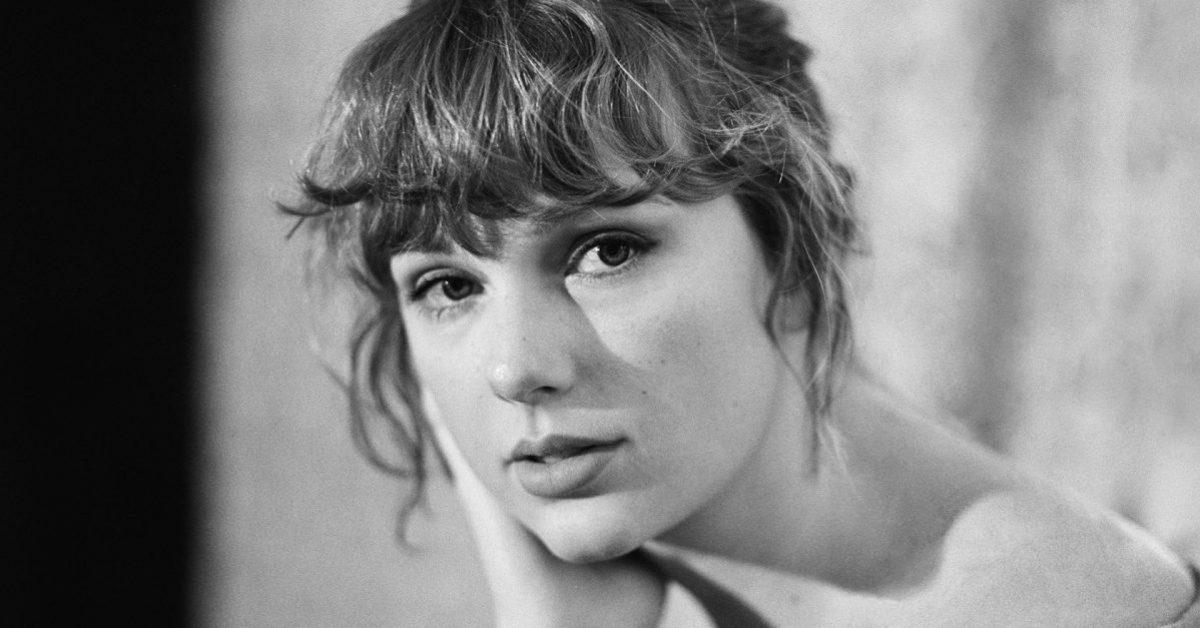 """Taylor Swift idzie na rekord. Właśnie ukazał się jej nowy album """"evermore"""""""