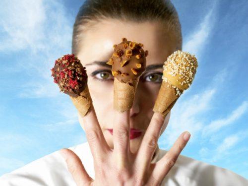Palce lizać, czyli innowacyjny pomysł jedzenia lodów!