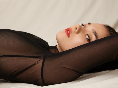 Ania Augustynowicz – modelka, która tworzy sztukę WYWIAD