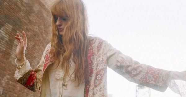 """Florence Welch w świecie teatru. Artystka zagra w serialu i pracuje nad musicalem """"Wielki Gatsby"""""""