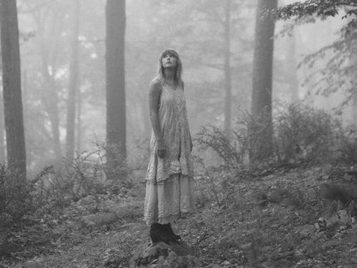 """Taylor Swift wydała wersję deluxe albumu """"folklore"""""""