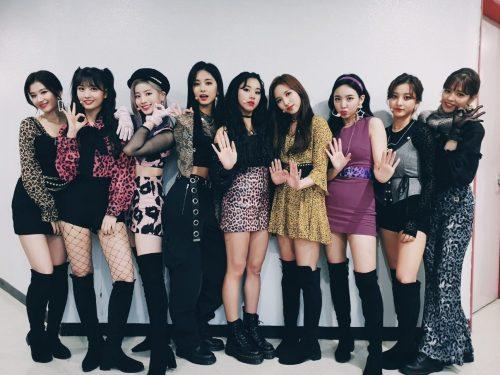 K-popowy girlsband TWICE powraca w nowym stylu
