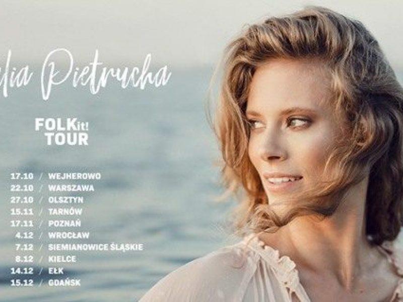 Julia Pietrucha rusza w trasę FOLK IT!, gdzie zagra akustycznie