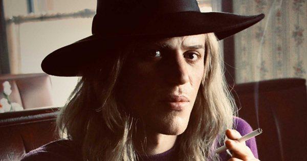 """""""Stardust"""", czyli co wam zrobił David Bowie, że go tak krzywdzicie?"""
