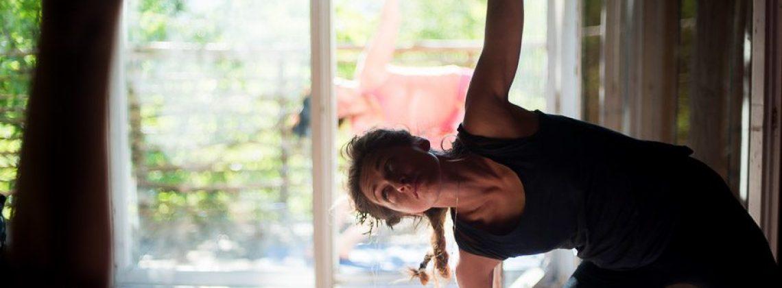 Alchemia jogi. Zajęcia w programie Zoom