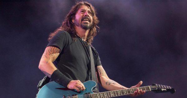 Dave Grohl z Foo Fighters opisuje na Instagramie swoje najbardziej absurdalne wspomnienia