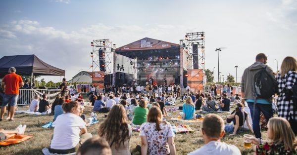 Wakacyjno-muzyczny relaks – relacja z Edison Festival