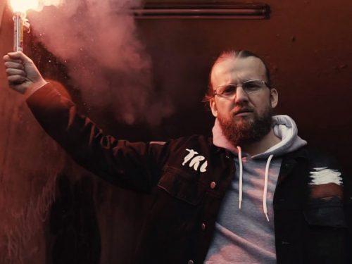 """KęKę – kolejny singiel. Teledysk do utworu """"Myślę o tym"""" – zobacz na Rytmy.pl"""