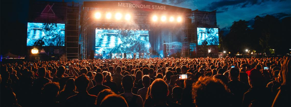 Czesi przenoszą czerwcowy festiwal z Underworld, Skeptą i Beckiem