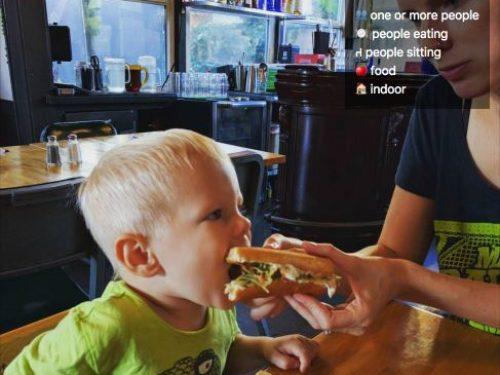 Zobacz, co Facebook potrafi wyczytać z Twoich zdjęć