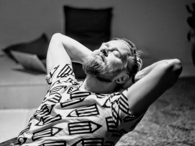 Ragnar Ólafsson [ Islandia ] zagra w Poznaniu – Meskalina