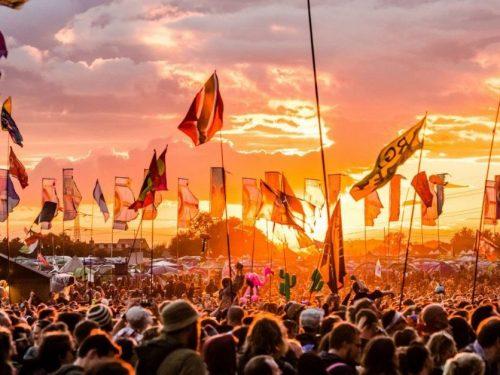 Glastonbury odwołane. Festiwalowe lato 2021 spisane na straty?