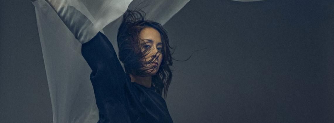 """5 utworów, za które uwielbiamy nowy album Natalii Przybysz – """"Jak Malować Ogień"""""""