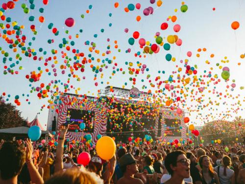 Kierunek – FESTIWALE! Największe europejskie festiwale muzyczne, na które już powinieneś odkładać pieniądze.