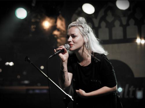 Na scenie polskiej elektroniki pojawiła się piękna, zdolna kobieta. Szykujcie się na album YUUKI!